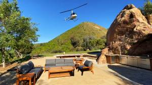 Private Helicopter Hideaway - Helicopter Glamping Experience - Image 5