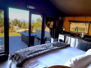 Private Helicopter Hideaway - Helicopter Glamping Experience - Image 13